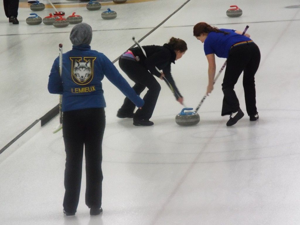 Curling_Women_Action_16